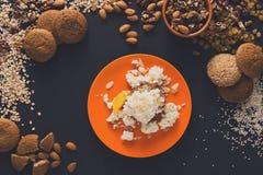Desayuno sano - gachas de avena de la harina de avena, aún vida Fotos de archivo