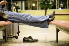 Descansando seus pés fotografia de stock