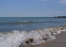 Descanse o oceano da ilha da costa do barco da praia dos azul-céu da água do por do sol do mar do crepúsculo da beleza da opinião Foto de Stock