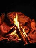 Descanso na fogueira foto de stock