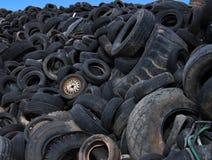 Descarga dos pneus   fotografia de stock