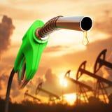 Descenso de la gasolina Imagen de archivo libre de regalías