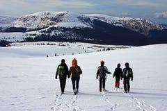 Descenso de la montaña Imagenes de archivo