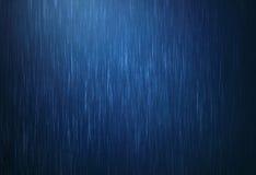Descenso del agua de lluvia que baja en la estación de lluvias con color azul marino como Fotos de archivo libres de regalías