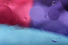 Descensos del aceite en agua Foto de archivo libre de regalías
