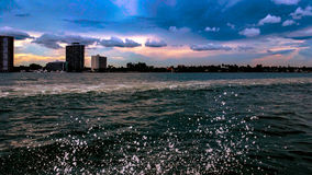 Descensos del agua Foto de archivo