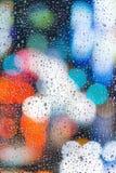 Descensos del agua en una ventana fotos de archivo libres de regalías