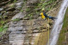 Descente de canyon en Espagne image stock