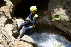 Descente de canyon en Espagne images libres de droits