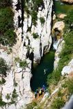 Descente de canyon en gorge de Galamus Photo libre de droits