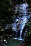 Descente de cascade à écriture ligne par ligne Images stock