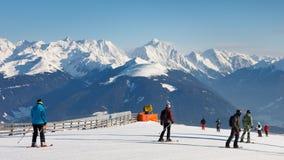 Descente de ski dans les dolomites Photo stock