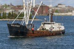 Descoberta do barco de pesca comercial que sae de New Bedford fotografia de stock royalty free