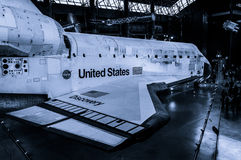 A descoberta do vaivém espacial no centro Udvar-obscuro do museu do ar e de espaço de Smithsonian imagem de stock