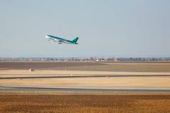 Descolagem de Airbus Fotografia de Stock