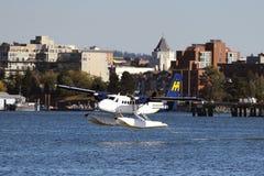 Descolagem plana do flutuador em Vancôver, Canadá Fotografia de Stock