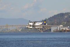 Descolagem plana do flutuador em Vancôver, Canadá Foto de Stock