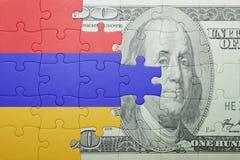 Desconcierte con la bandera nacional del billete de banco de Armenia y del dólar Imagen de archivo libre de regalías