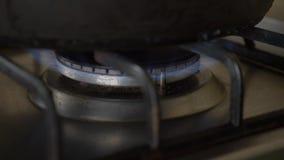 Desconecte la estufa de gas Primer C?mara lenta almacen de video