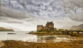 Eileen Donan Castle in the rain Royalty Free Stock Images