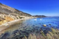 Descripción de la playa de la ensenada de los piratas, California, los E.E.U.U. fotografía de archivo libre de regalías