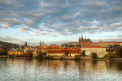 Descripción de Praga vieja de la cara del puente de Charles Imagen de archivo libre de regalías