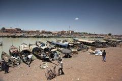 Descripción del puerto de Mopti, Malí Fotos de archivo libres de regalías