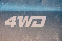 Description de 4 WD sur le camion pick-up vert, rayé, utilisé, vieux photographie stock libre de droits