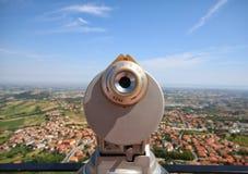 Descubra o turismo de Toscânia Uma vista da parte superior de San Marino para Italia Uma perspectiva maravilhosa Fotografia de Stock Royalty Free