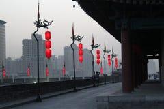 Descubrimiento de China: Pared de la ciudad de Xian y puerta del sur Fotografía de archivo libre de regalías