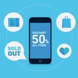 Descuento en línea de las compras con el teléfono elegante Fotografía de archivo libre de regalías