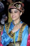 Desempenho da dança popular das mulheres Foto de Stock