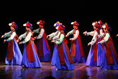 Desempenho da dança tradicional coreana de Busan foto de stock