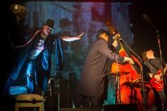 Desempenho da faixa de Billy no jogo do desempenho-concerto de Tom Waits Contemporary Art Museum fotos de stock royalty free