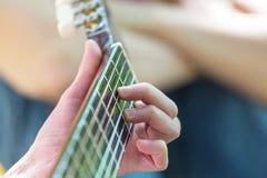 Desempenho da guitarra Fotografia de Stock