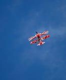 Desempenho especial do biplano de Pitts Fotos de Stock