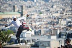 Desempenho fantástico da bola por Iya Traore em Montma Imagens de Stock Royalty Free