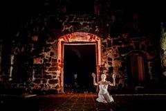 Desempenho na ruína Imagem de Stock Royalty Free
