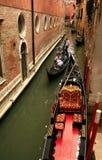 Desengate com a gôndola - Veneza foto de stock