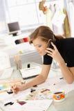 Desenhador de moda no trabalho Imagens de Stock