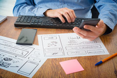 Desenhador no trabalho Fotos de Stock