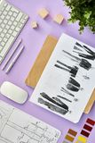 Desenhadores de moda Flatlay imagens de stock