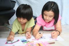 Desenhar das meninas fotografia de stock