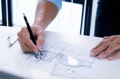 Desenho da arquitetura no arquiteto arquitetónico do negócio do projeto Fotos de Stock