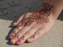 Desenho da mão da hena Fotografia de Stock