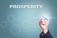 Desenho do homem de negócios na tela virtual Conceito da prosperidade fotografia de stock royalty free