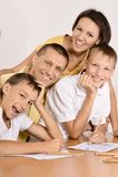 Desenho feliz da família Fotos de Stock Royalty Free
