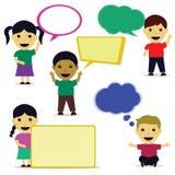Desenhos animados bonitos da criança com bolha do discurso Imagens de Stock