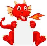 Desenhos animados bonitos do dragão que guardam o sinal vazio Fotos de Stock Royalty Free