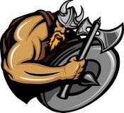 Desenhos animados da mascote do Norseman de Viquingue com machado e protetor Fotografia de Stock Royalty Free